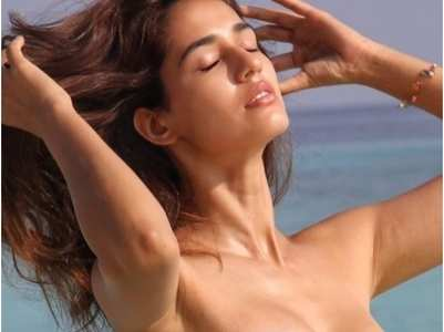 B-town ladies soak up the sun in bikinis