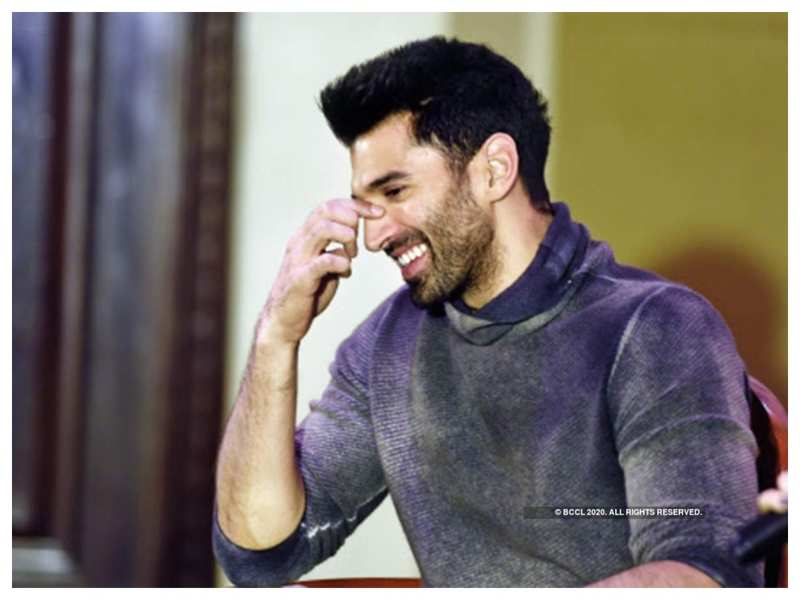 """Aditya Roy Kapur says he does not take all the criticism he receives, says for him, """"ignorance is bliss"""""""