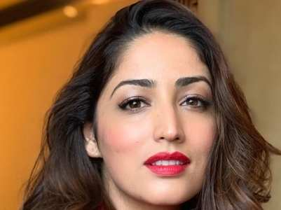Best monochrome outfits of Yami Gautam