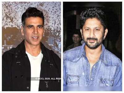 Arshad Warsi roped in for 'Bachchan Pandey'