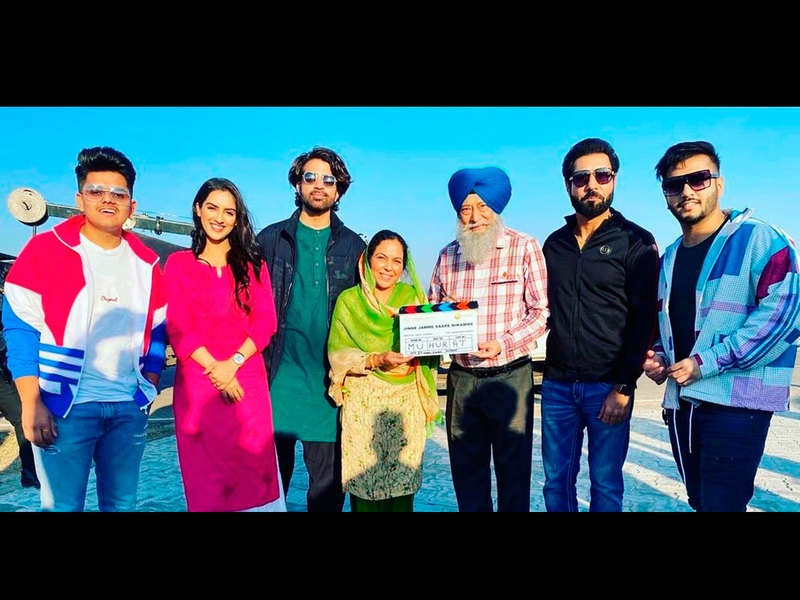 Binnud Dhillon starts the shoot of 'Jinne Jamme Saare Nikamme'