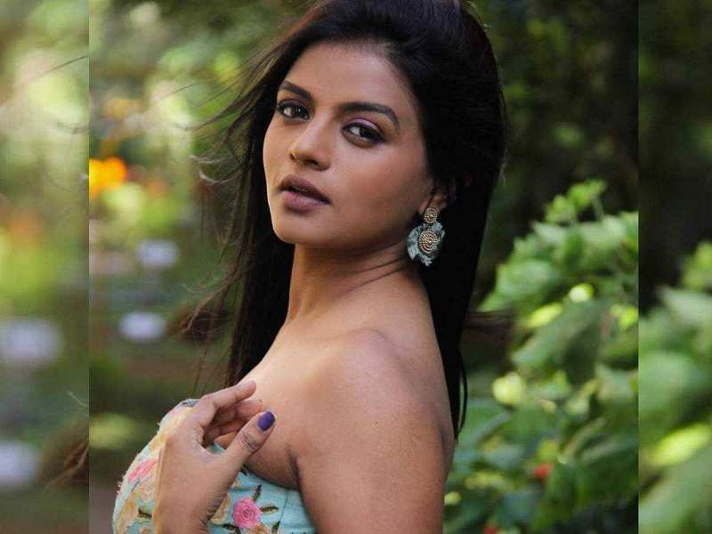 Here are Mitaali Nag's favourite holiday destinations