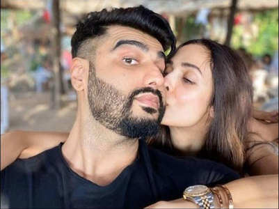 Malaika's latest pic with Arjun Kapoor