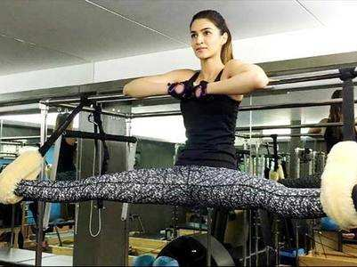 Video: Kriti Sanon's workout session