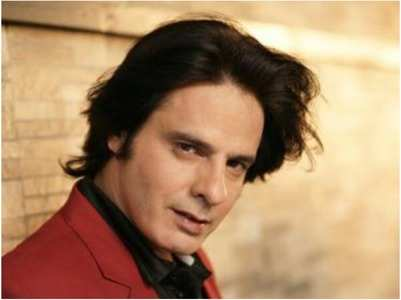 'Aashiqui' actor Rahul Roy hospitalized