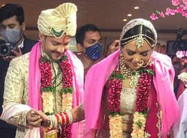PICS: Aditya Narayan-Shweta tie the knot