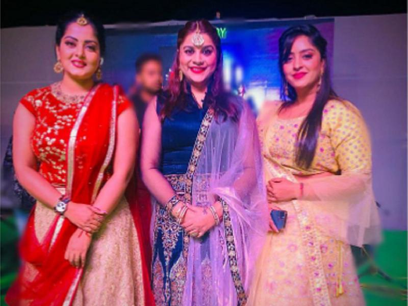Anara Gupta, Anjana Singh and Shubhi Sharma joins together for a stage show in Patna