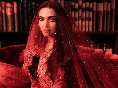 A look back at the Bollywood brides and their reception looks