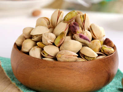 Add pistachios to your breakfast to burn fat