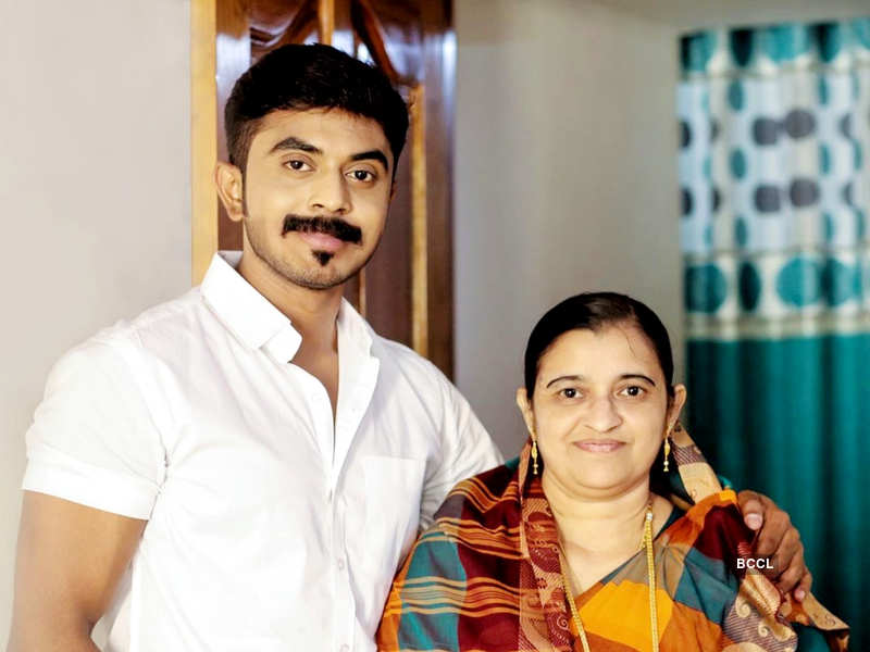 Bigg Boss Tamil 4's probable wild card contestant Mohamed Azeem opens up on his mother's health (Photo - Instagram)