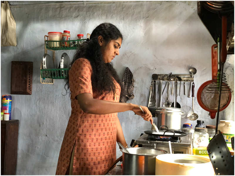 The Great Indian Kitchen: Exclusive! Jeo Baby on directing award-winning  actors Suraj Venjaramoodu and Nimisha Sajayan in 'The Great Indian Kitchen':  I was enjoying their 'graceful' performance! | Malayalam Movie News -
