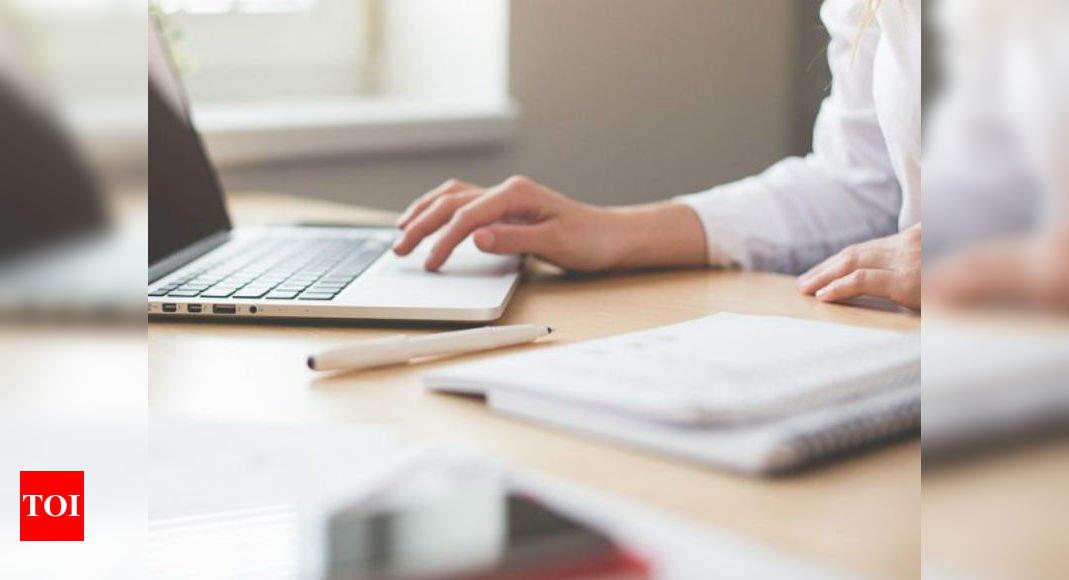 Image of article 'Salesforce to buy office chat app Slack for $28 billion'