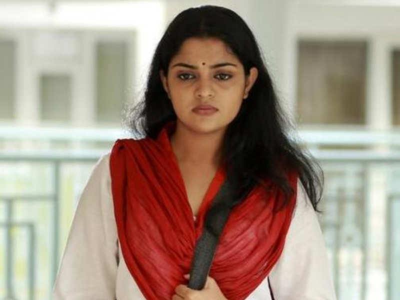 Kidaari actress Nikhila Vimal's father passes away
