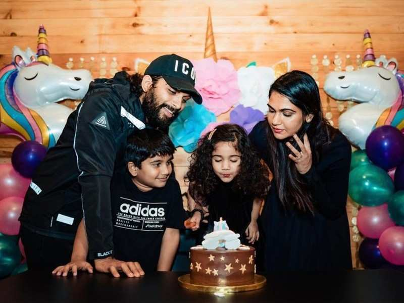 Allu Arjun feels grateful to be back to the family he calls his 'home sweet home'