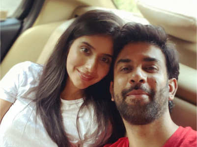 Charu, Rajeev 's love-filled selfie; pic