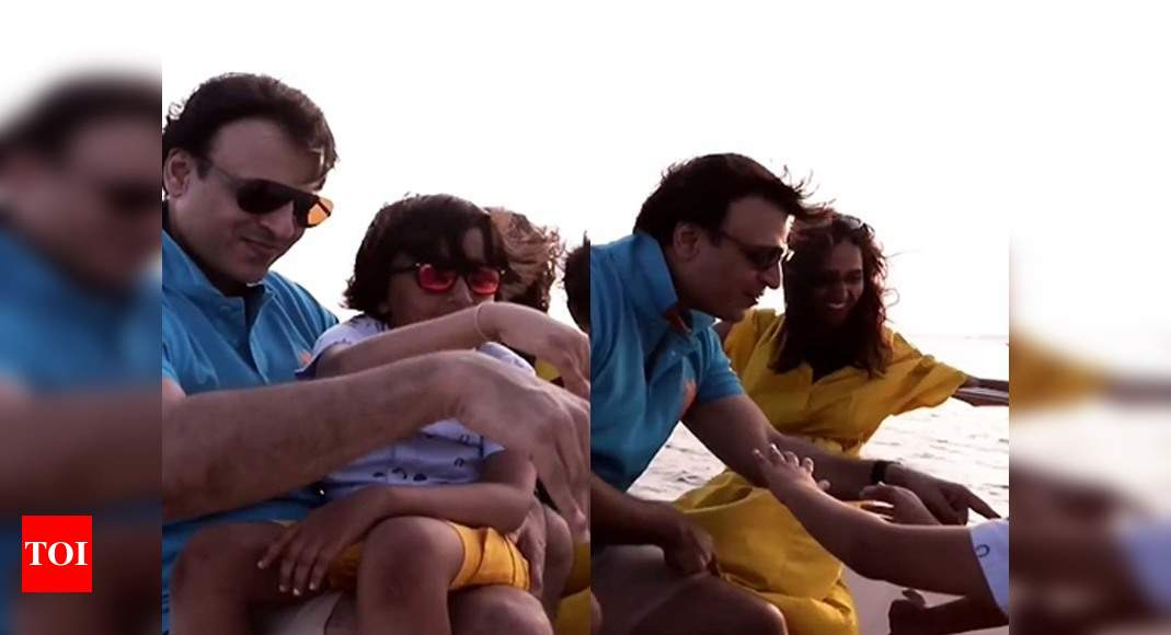 Vivek Oberoi shares an adorable of his Maldives vacation with the family – Times of India