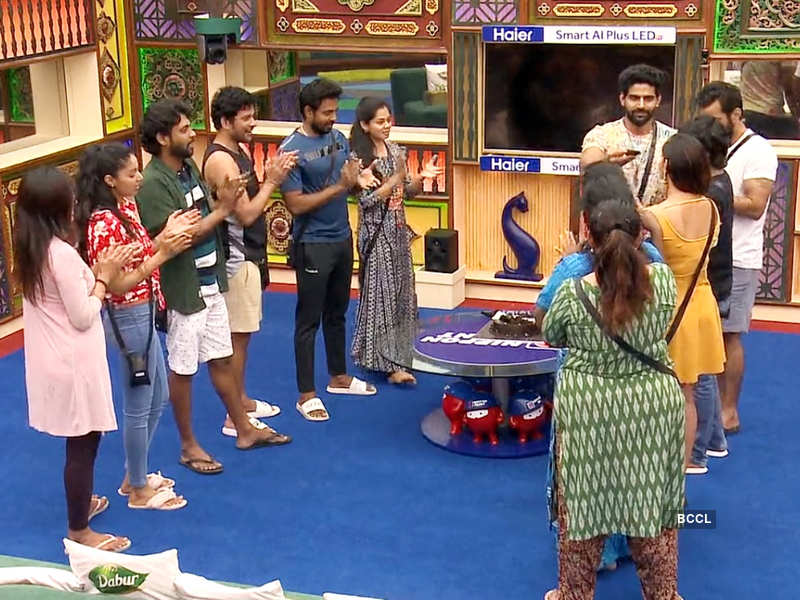 Bigg Boss Tamil 4, Day 60, December 3 highlights: Balaji Murugadoss celebrating his birthday to hitting himself with a shoe; here are the major events