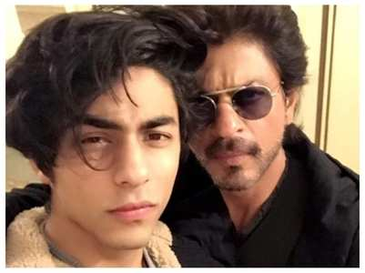 Pics: Aryan Khan is a mirror-image of SRK