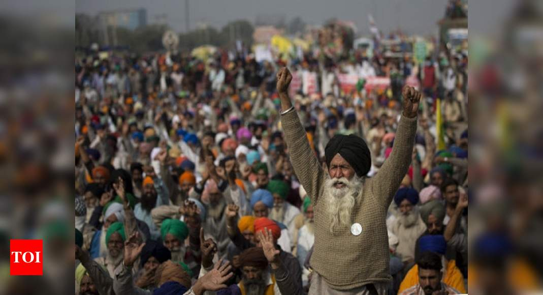Protesting farmers call for 'Bharat Bandh' on December 8, say will intensify agitation if demands not met