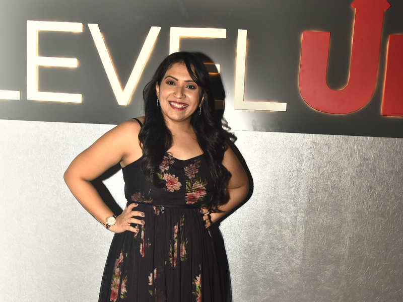 Tanya Kothari was all smiles at the launch of Level Up pub at Ampa Skywalk in Chennai