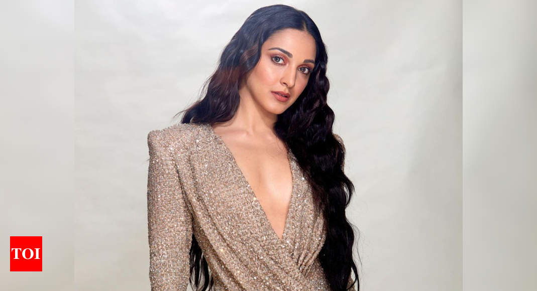 5 hot outfits of Kiara Advani to try for party season – Times of India