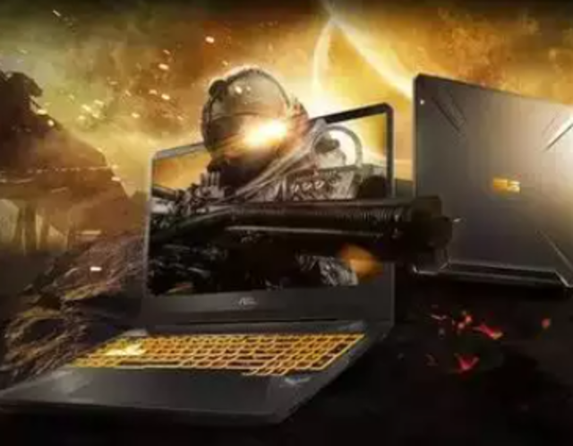 What factors should I consider while buying a gaming laptop?