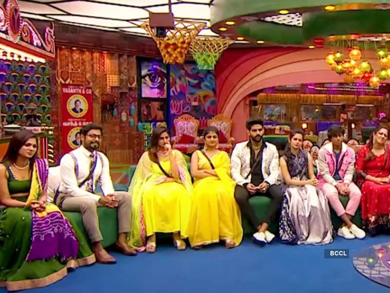 Bigg Boss Tamil 4: Kamal Haasan insists captain Ramya Pandian to learn and perform her duties in a better way