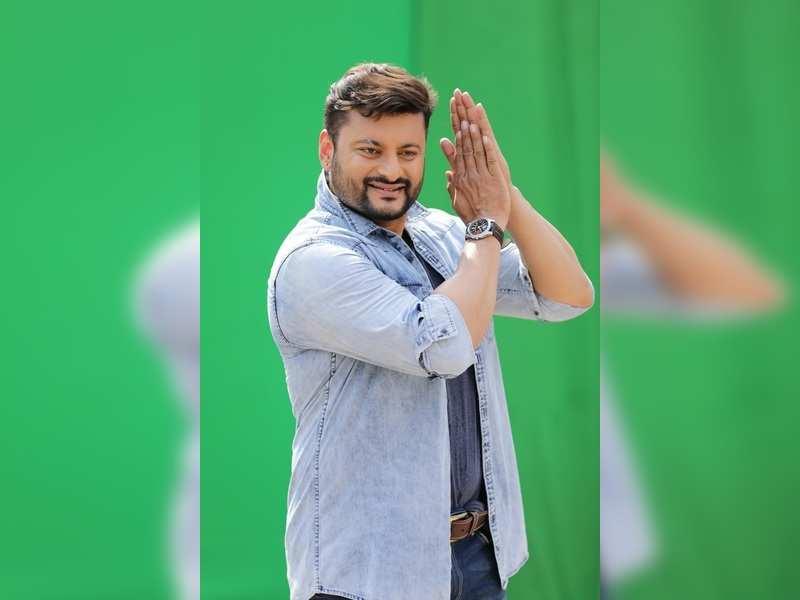 Anubhav Mohanty warns his detractors not to harass his fans