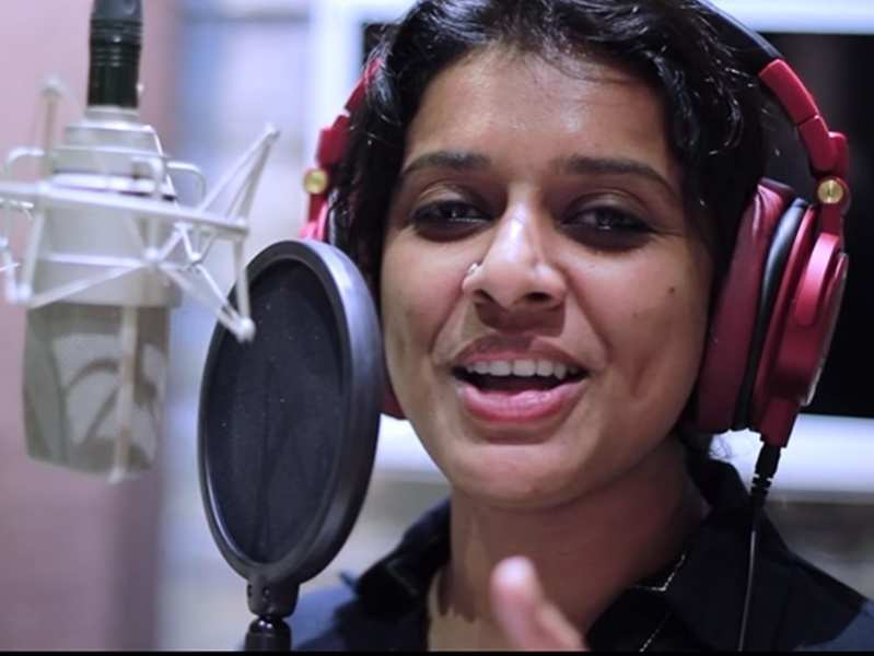 Sithara Krishnakumar leaves fans awed with her soulful rendition of Manampole Mangalyam title track, watch