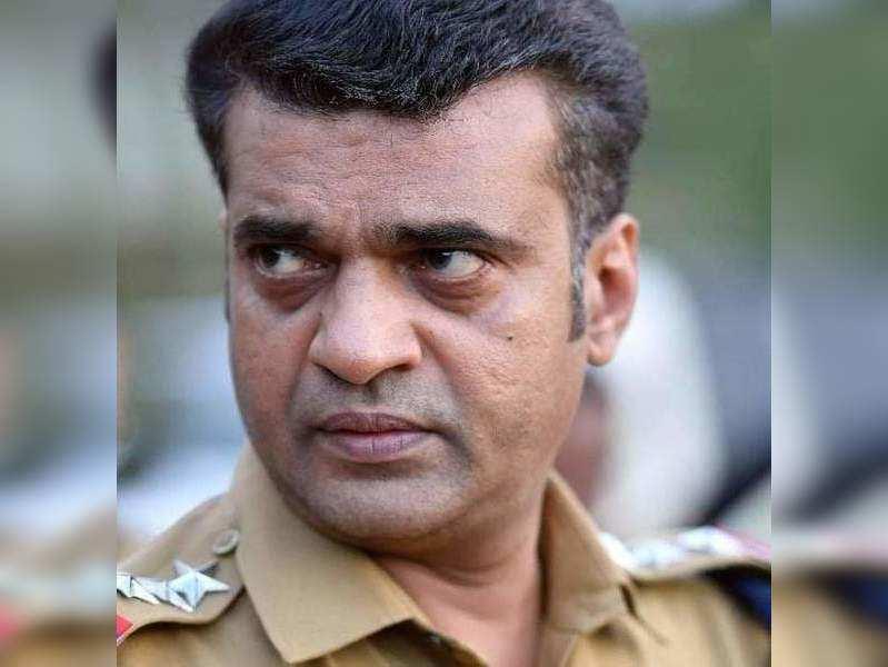 Anil Nedumangad is much more than Ayyappanum Koshiyum, says theatre friends
