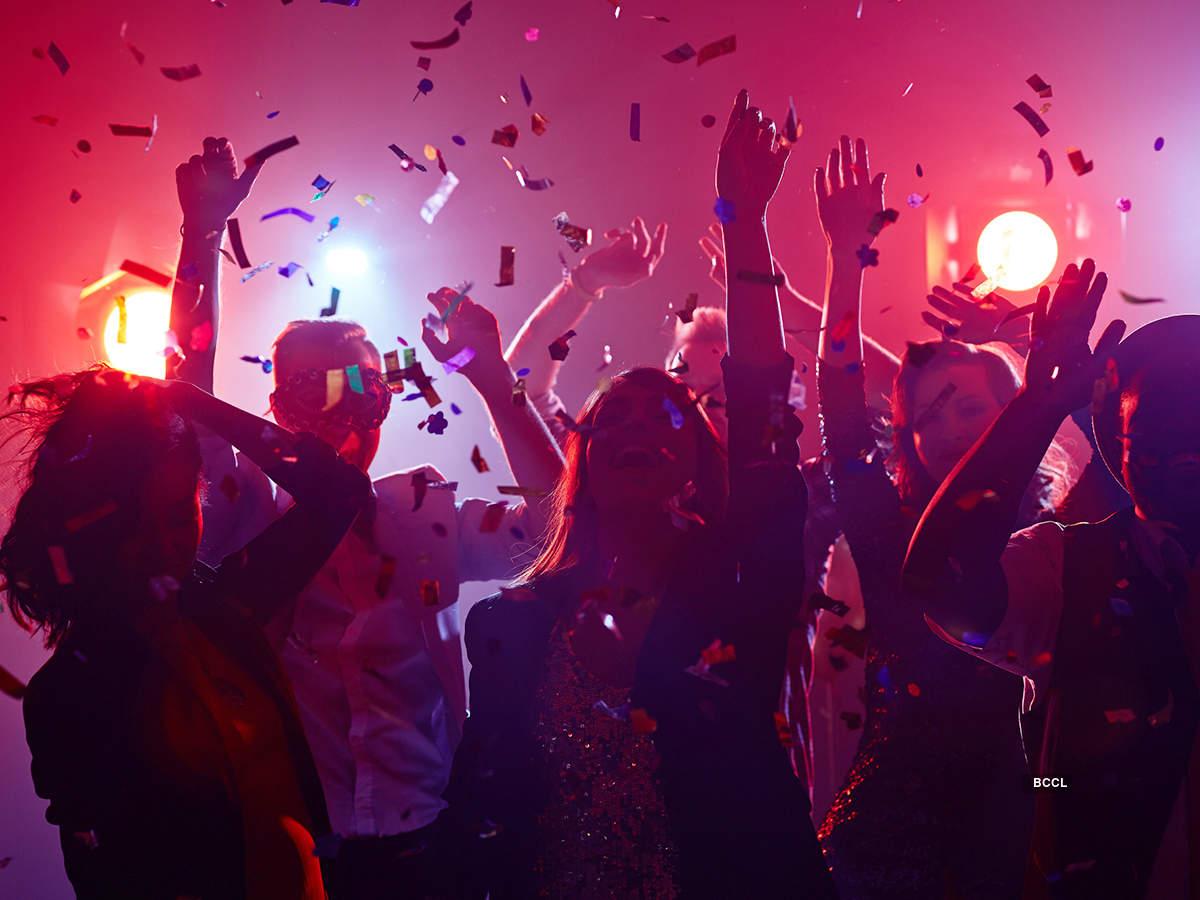 Lebih 100 individu dilapor positif Covid-19 setelah hadir pesta seks
