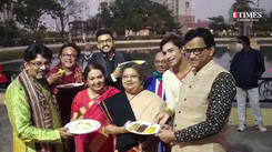 Glimpses from the inauguration of a pithe puli utsav in the city