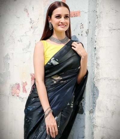 Miss Asia Pacific International in 2000 Dia Mirza