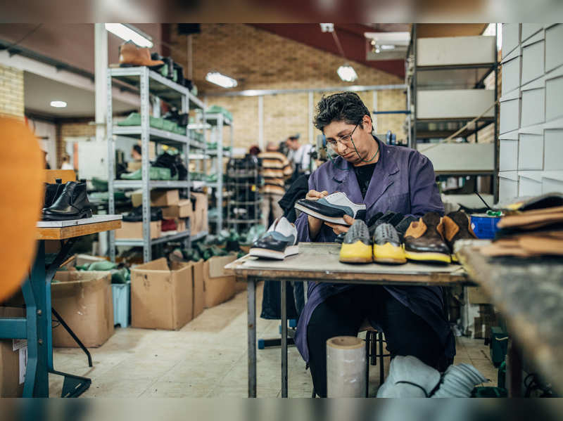 Why is India lagging behind China in footwear production?