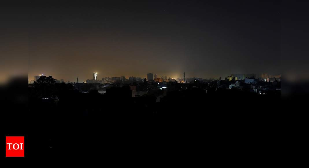 Power supply back in Pakistan after national power grid breakdown – Times of India