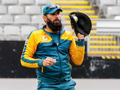 Misbah, Waqar get one final chance for reviving team's fortunes
