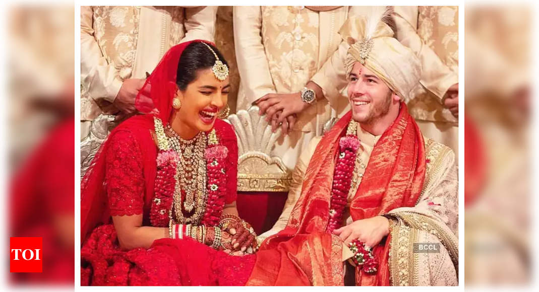 Priyanka Chopra opens up about her 10 year age gap with Nick Jonas, says it was never a hurdle - Times of India