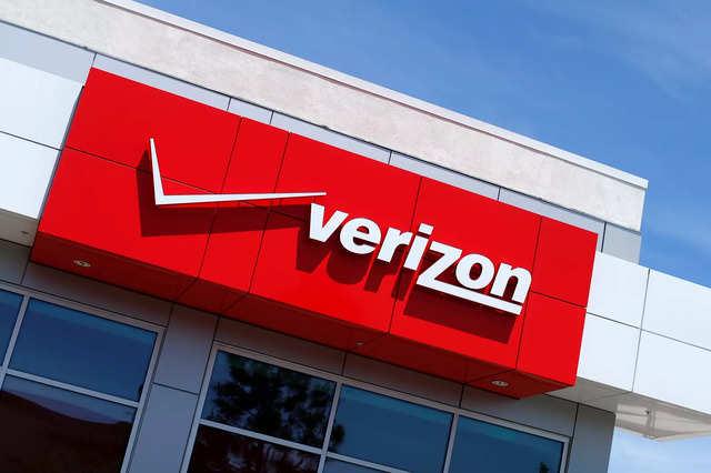 Verizon sets 5G partnerships with NFL, New York's Met art museum and UPS