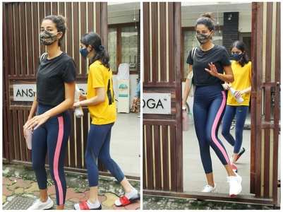 Ananya-Rysa clicked post their yoga session