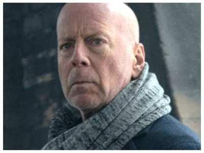 Bruce Willis refuses to wear mask in LA store