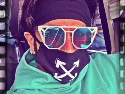 Ranveer sports funky in latest carfie
