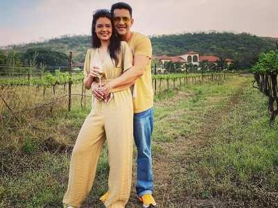Aditya-Shweta take a trip to the vineyards