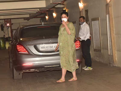 Mom-to-be Kareena rocks a breezy kaftan