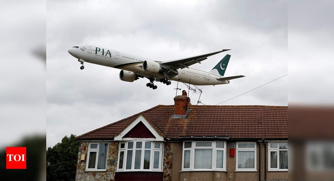 PIA passenger aircraft 'held back' at Kuala Lumpur airport over lease dispute – Times of India
