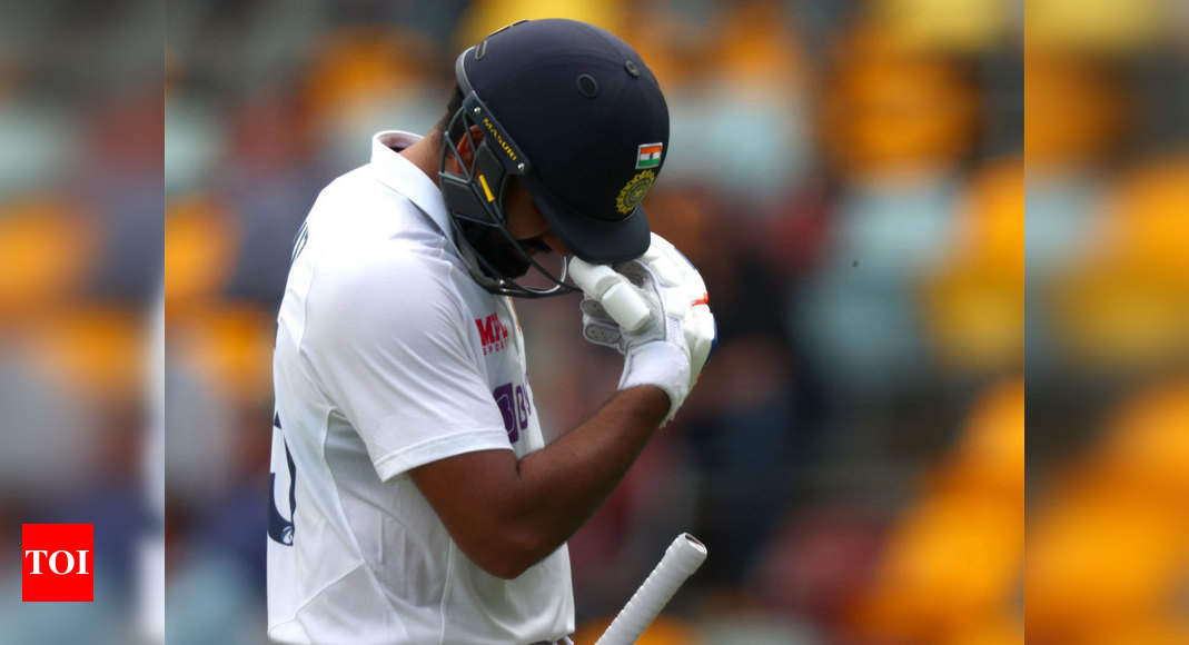 4th Test: Rohit's dismissal puts India on backfoot in rain-marred Day 2