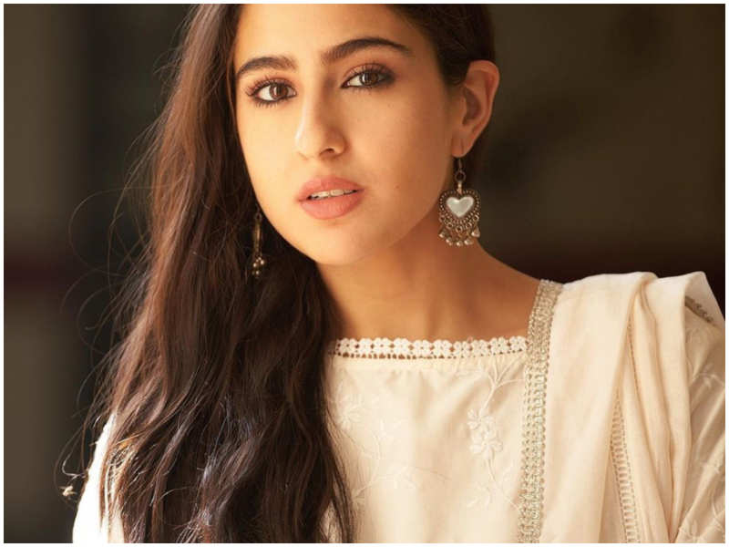 Sara Ali Khan talks about the difference between a Bollywood outsider and insider