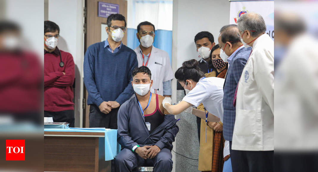 Vaccination drive kicks off in India amid hope, apprehension - Times of India