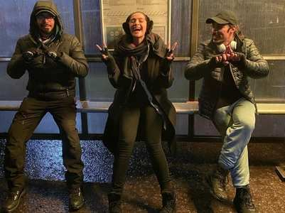 Sonam shares funny BTS pic from 'Blind' set