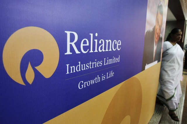 Reliance e-commerce app may come to WhatsApp within six months: Report
