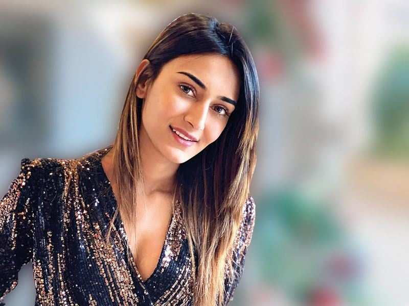 Erica Fernandes is enjoying the time she has to relax and catch up on things that she could not give time  to earlier